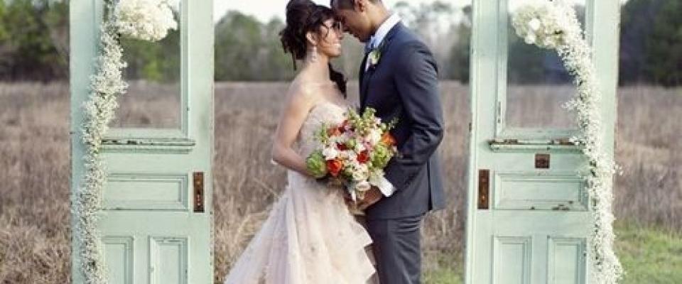 Оригинальные свадебные фотозоны